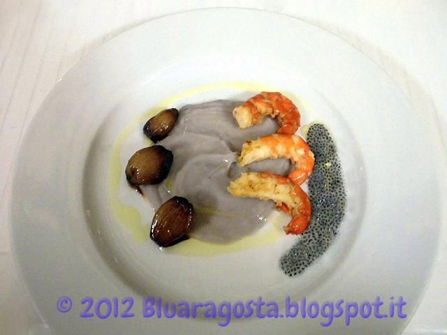 11-gamberoni con crema di patate viola scalogni glassati e semi di basilico