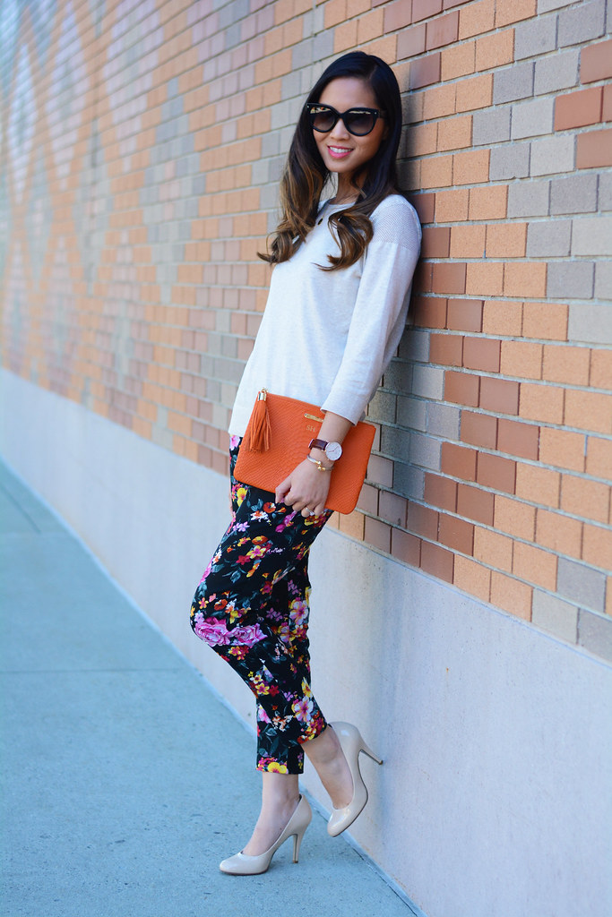 Lily White black floral pants outfit / fall fashion