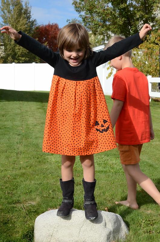 2014-10-18-KidsHlloweenDressShirt-90