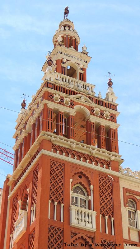 BADAJOZ - Edificio 'La Giralda'