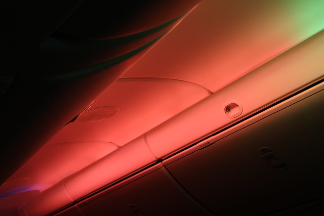 Mood lighting 787 Dreamliner