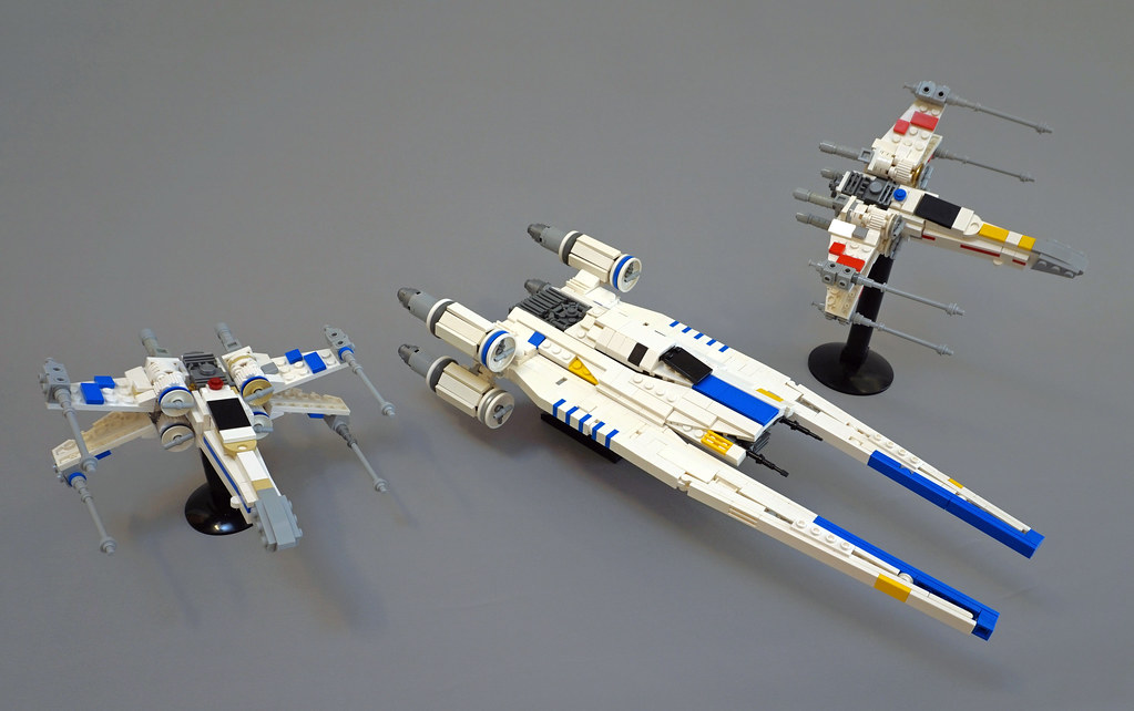 U-Wing (custom built Lego model)