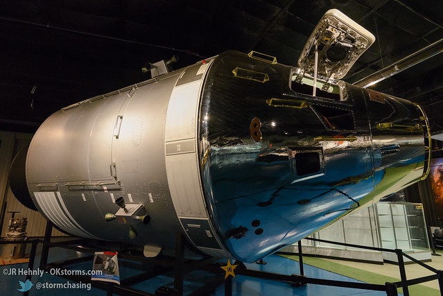 Sun, 10/26/2014 - 15:21 - Here's a full-size reproduction of an Apollo command module. - Stafford Air and Space Museum - October 26, 2014 3:21:25 PM - Weatherford, Oklahoma (35.5447,-98.6700)