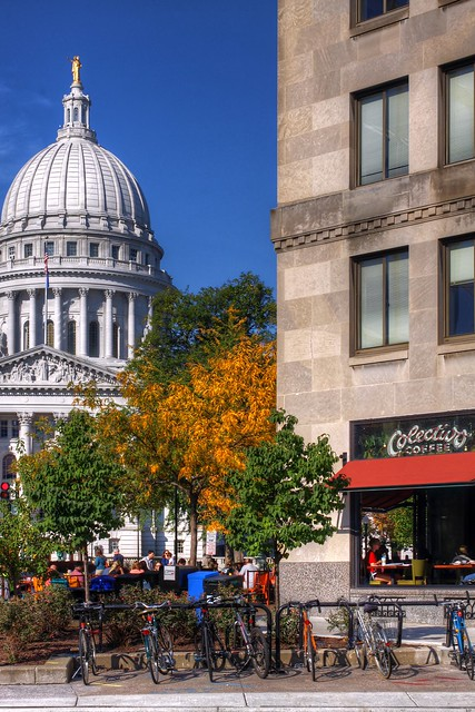 Colectivo Tenny Plaza - Wisconsin Capitol