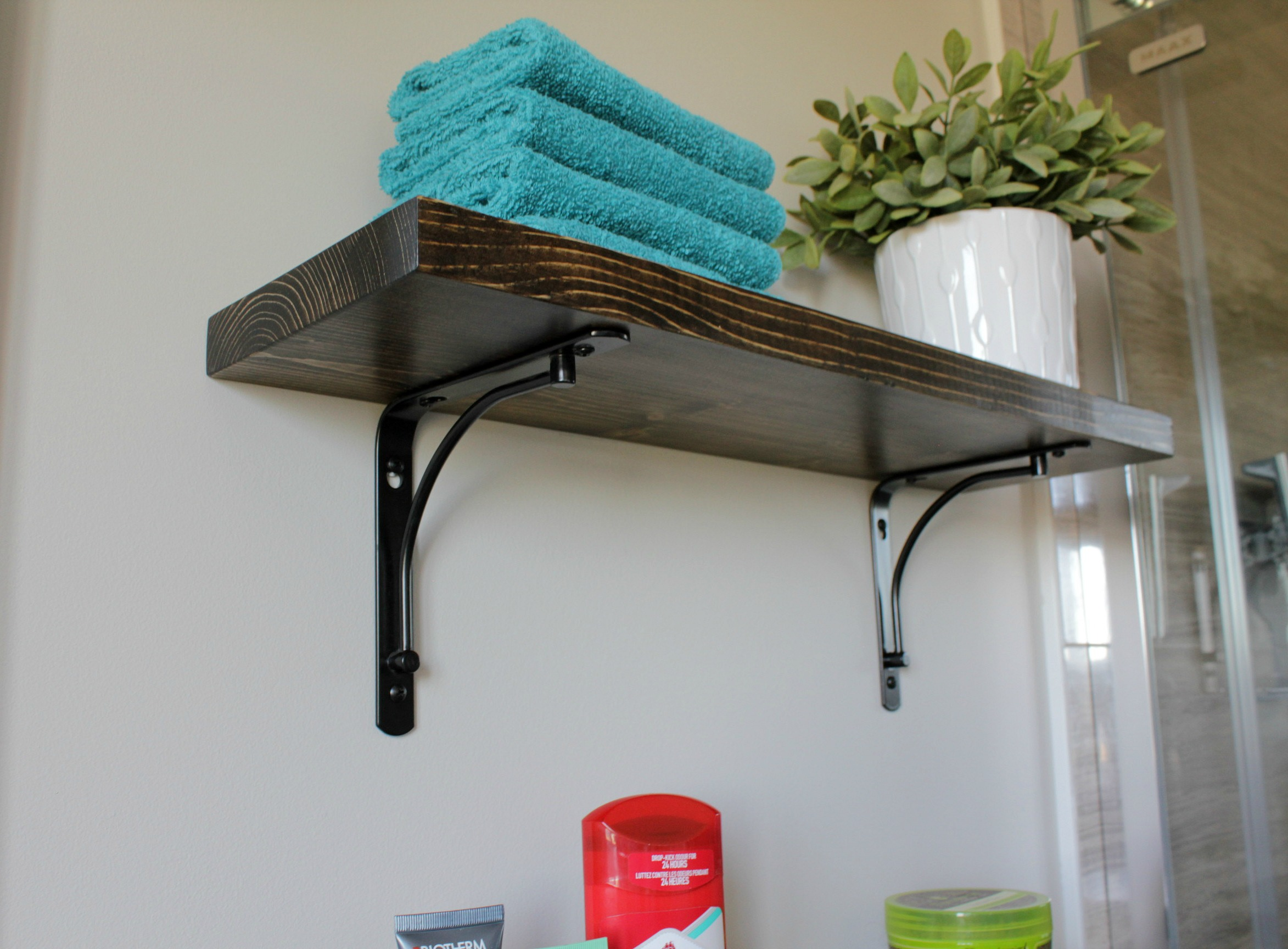 ensuite bathroom renovation custom shelves