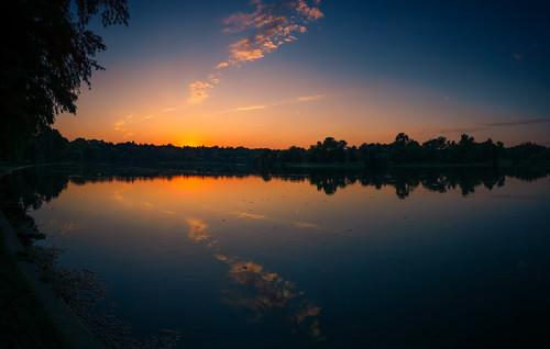 park sunset orange sorin romania bucharest mutu tineretului a6000 mutusorin