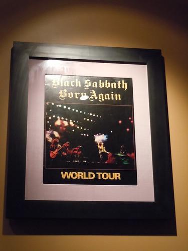 10/03/14 Hard Rock Cafe @ Mall of America, Bloomington, MN (BLack Sabbath Born Again Tour Book)