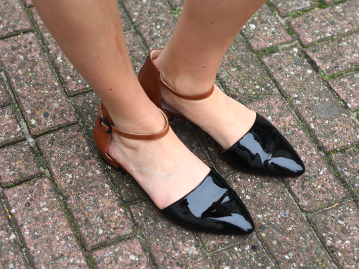 pointy toe patent flats clarks