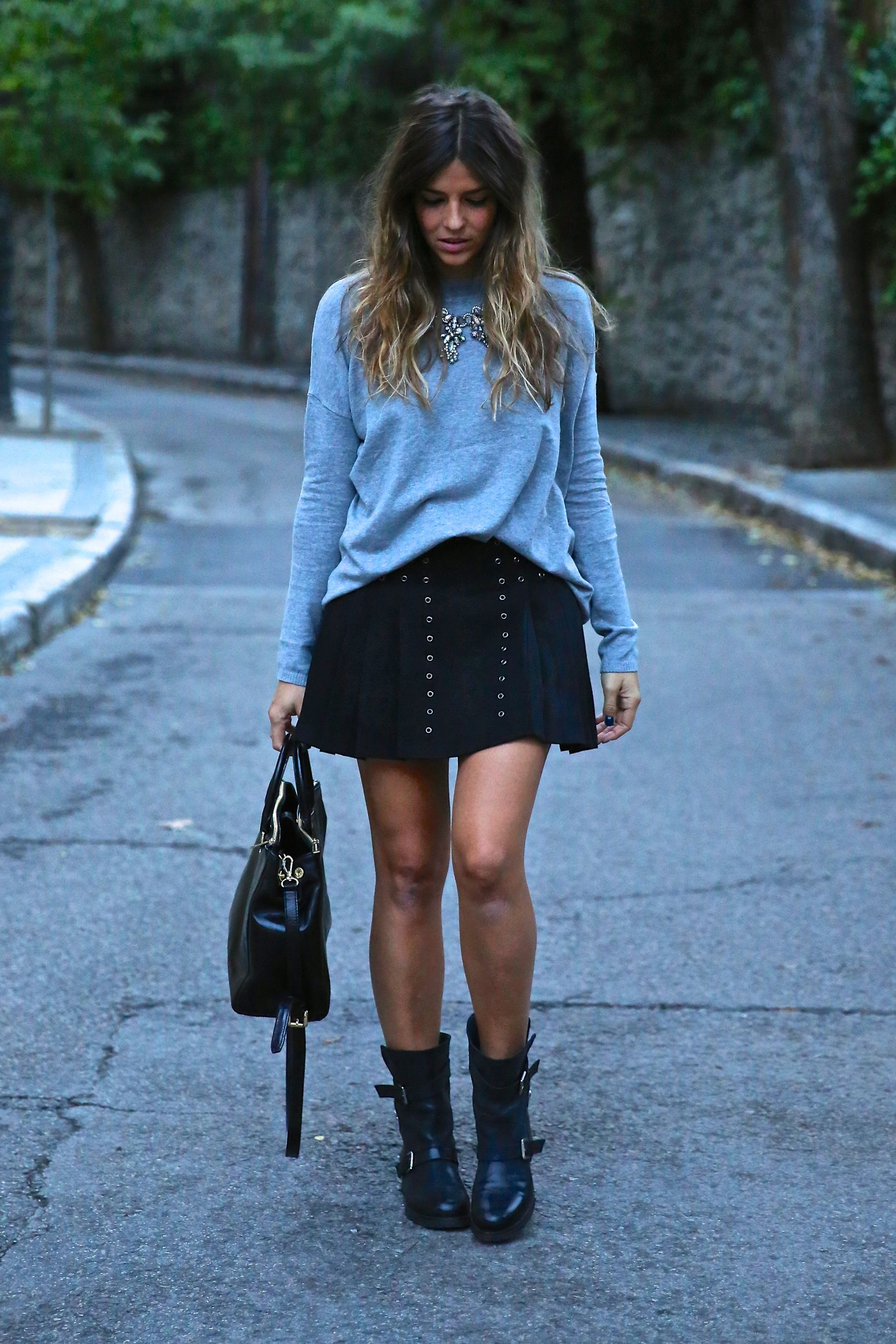 trendy_taste-look-outfit-street_style-ootd-blog-blogger-fashion_spain-moda_españa-fall_winter-otoño-rocky-botas_moteras-jersey_punto-sweater-10