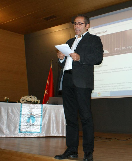 Modernleşme ve Değerler konferansı yapıldı. 3