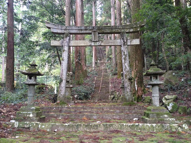 今淵ヶ岳 瀧神社 鳥居
