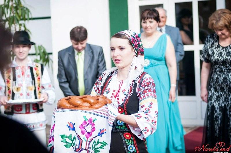 Dansatori la nunti si petreceri
