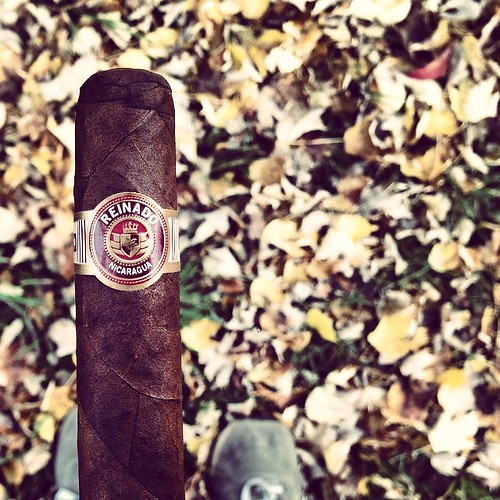 A classic @reinado_cigars kind of day.