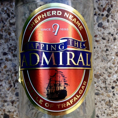 Shepherd Neame Tapping The Admiral. Bitter. Beer. Real ale. Ale. Kentish ale.
