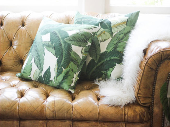 banana-palm-pillows