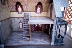 AbandonedDollHouse