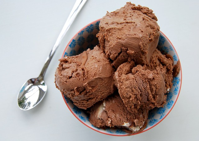 Chocolate-Cardamom-No-Churn-Ice-Cream