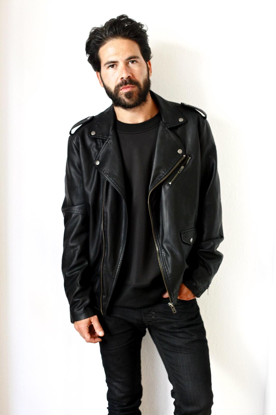 miguel_carrizo_ilcarritzi_look_total_black_