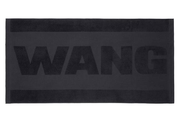 1413418332832_Alexander-Wang-for-H-M-Lookbook-Wang-Towel