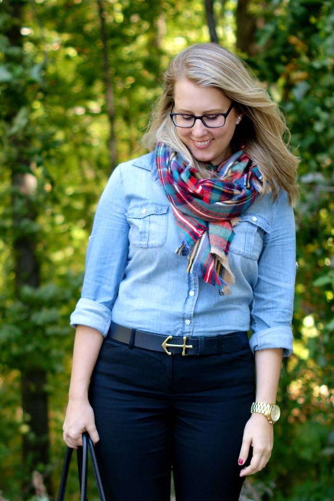 tips for tying a blanket scarf