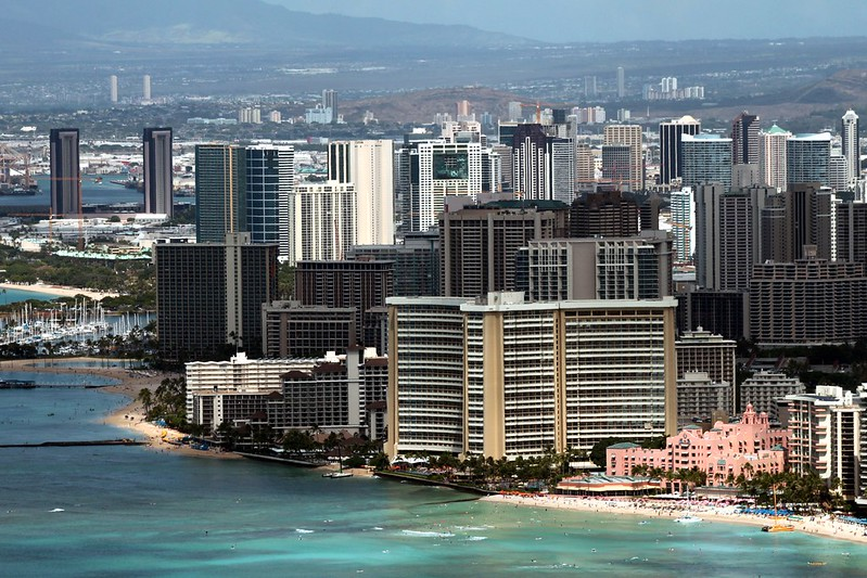 Prime Location for Hotels : Waikiki Beach Ocean Front Rows