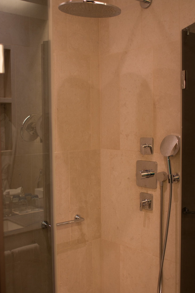Shower at W St. Petersburg | Wonderful Room