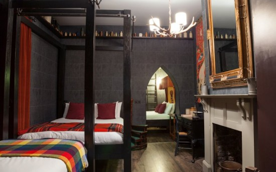 London Hotel Unveils Hogwarts-Themed Rooms Designed to Look Like Harry Potter's Living Quarters