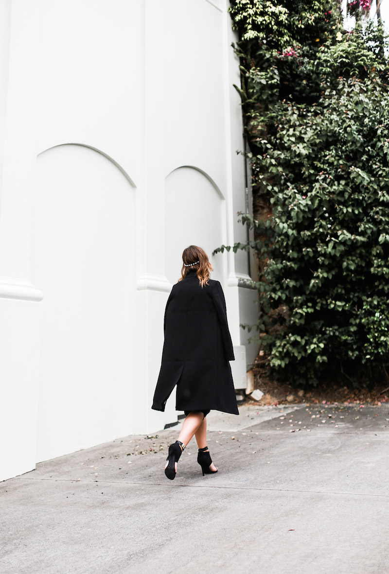 MODERN LEGACY x ASOS Spring Racing All Black outfit street style (9 of 10)