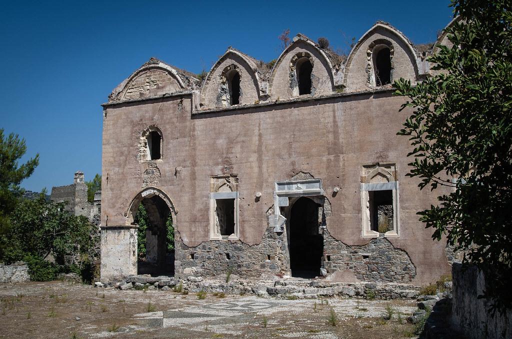 Eglise : Cathédrale Abandonnée