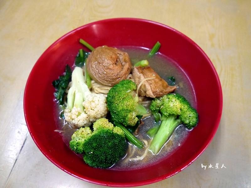 33520617990 b80a26485e b - 台中西屯 | 賢淑齋蔬食滷味,逢甲夜市有好吃的素食滷味攤!