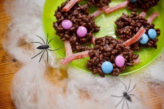 spooky halloween spiders