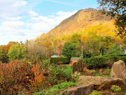 autumn mountain fall ma massachusetts newengland holyoke mass