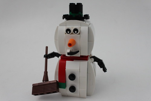 LEGO Seasonal Christmas Snowman (40093)