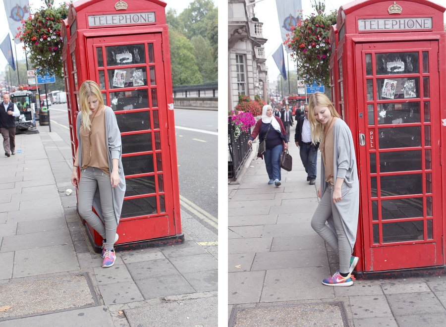 london-outfit-telephone-box-grey-oversized-casual