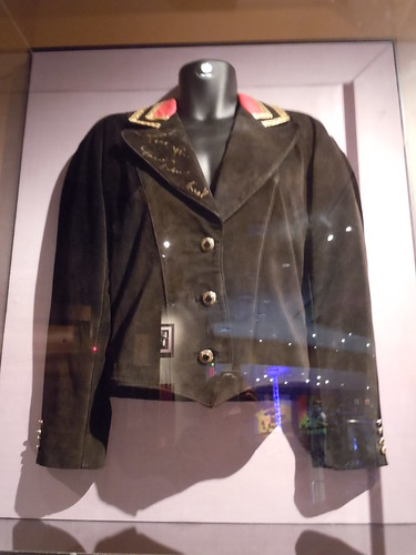 10/03/14 Hard Rock Cafe @ Mall of America, Bloomington, MN (James Brown Suede Jacket)