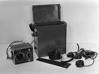 Short wave radio telephone made in Yleisradio's workshop, ca 1940.