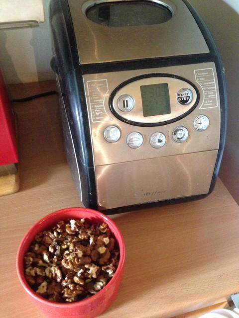 pain aux noix en préparation