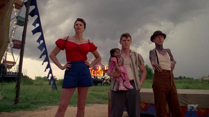 American.Horror.Story.S04E01.HDTV.x264-LOL[22-55-27]