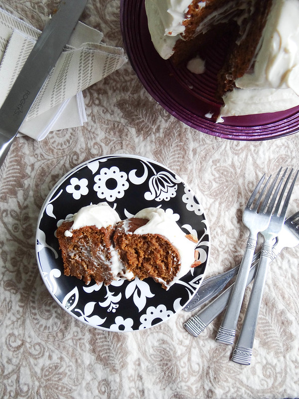 SMBP // Pumpkin Cake + Maple Cream Cheese Frosting