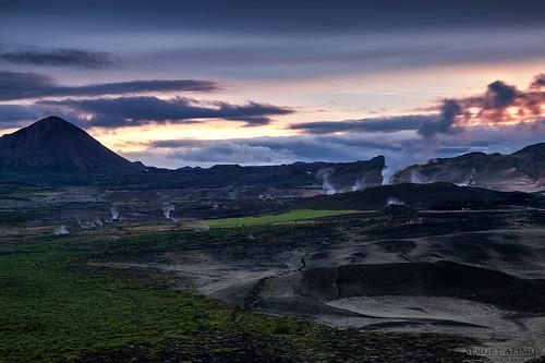 sky cloud mountain black skyline night sunrise landscape lava iceland sand cloudy steam ísland hverfjall námaskarð mývatn námafjall hverfell