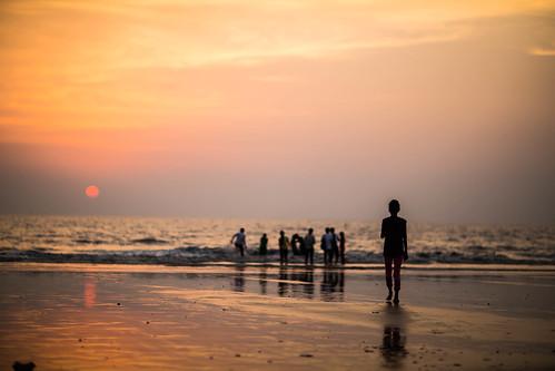 sunset sun india beach set canon asia 85mm bombay maharashtra 12 mumbai juhu f12 juhubeach canon85mm12 canon5dmkiii