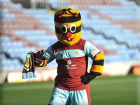 picture of Burnley mascot Bertie Bee