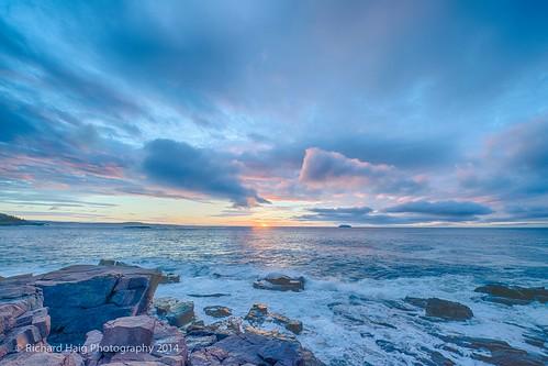 me water sunrise unitedstates maine queenmary2 acadia barharbor mdi acadianationalpark thunderhole gitzotripod nikond800 nikonnikkor1424mm128g