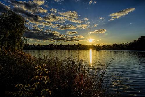 bravo dusk sunsets joneslake allrightsreserved©drgnmastrpjg diamondclassphotographer flickrdiamond sacrednature naturesspirit absolutelystunningscapes dmslair —grouptags—