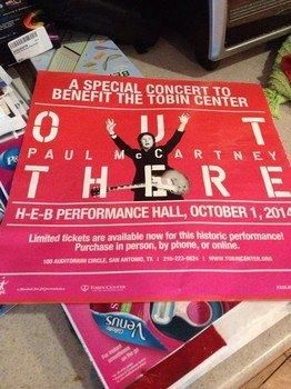Маккартни процитировал «Короля Лира» на концерте для 1 750 зрителей в Сан-Антонио
