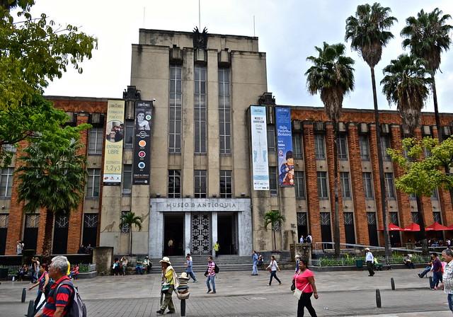 museo antioquia, botero plaza, medellin, colombia