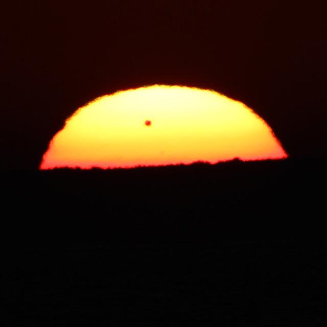 Venus Transit 06-06-2012 - crop of IMG_4403
