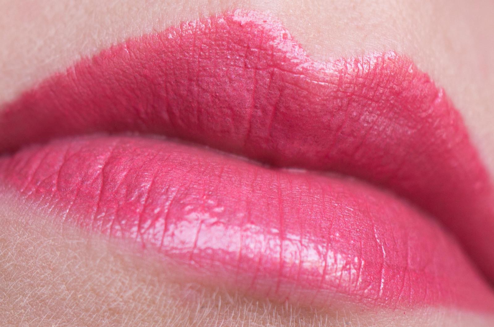 Chanel le rouge crayon de couleur - Couleur rose clair ...