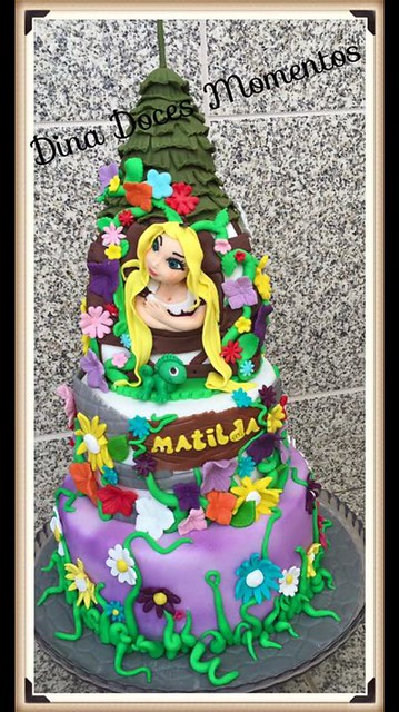 Cake by Dina Doces Momentos