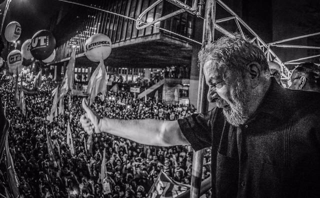 """""""Eu continuo cada vez mais convicto de que somente o povo na rua vai fazer este país crescer"""", afirmou o petista - Créditos: Ricardo Stuckert/Instituto Lula"""